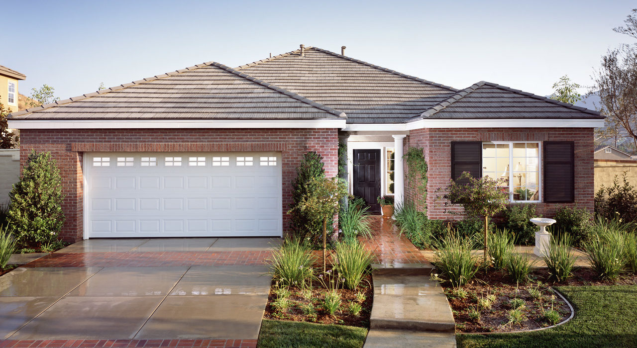 Exterior of Traditional Brick House - Buyer Curb Appeal